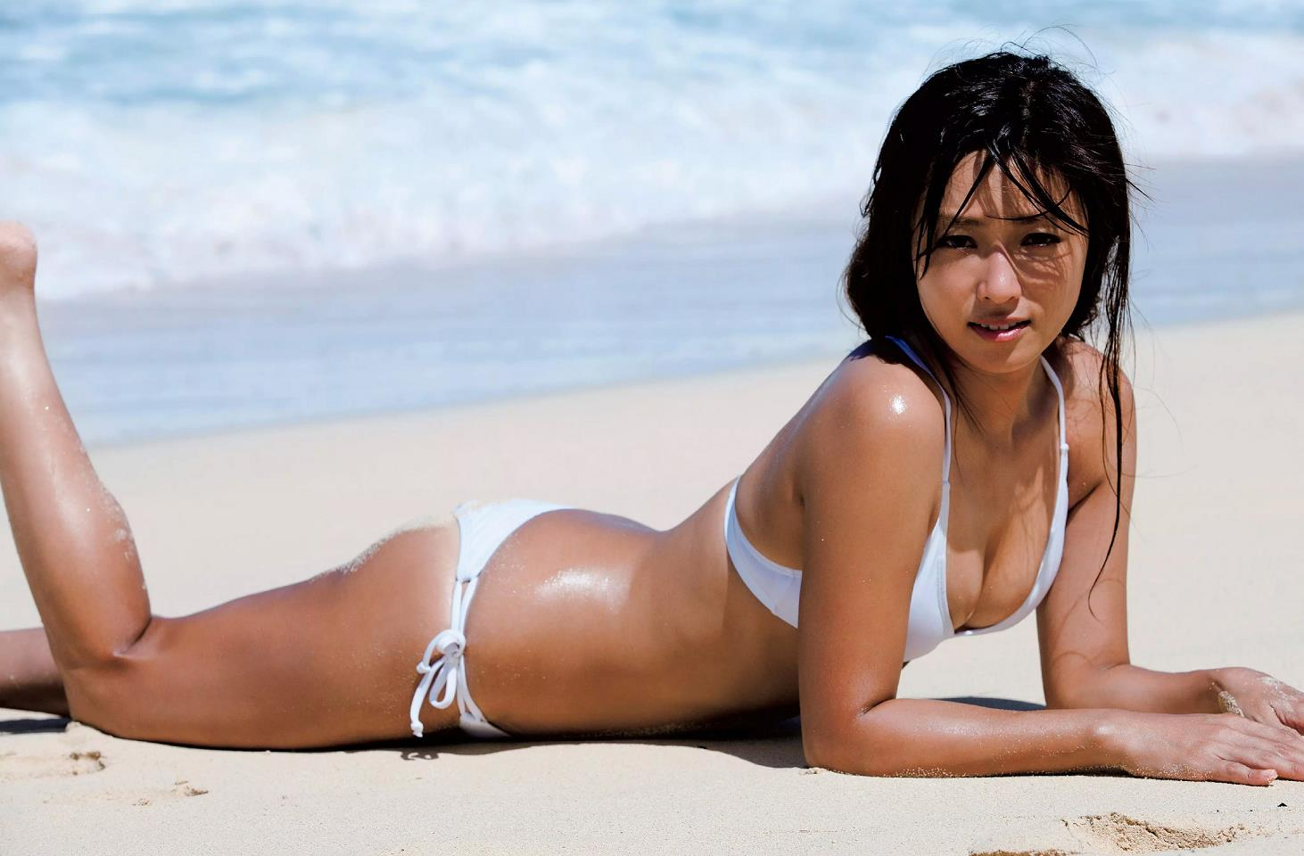 グラドル深田恭子の過激エロ画像