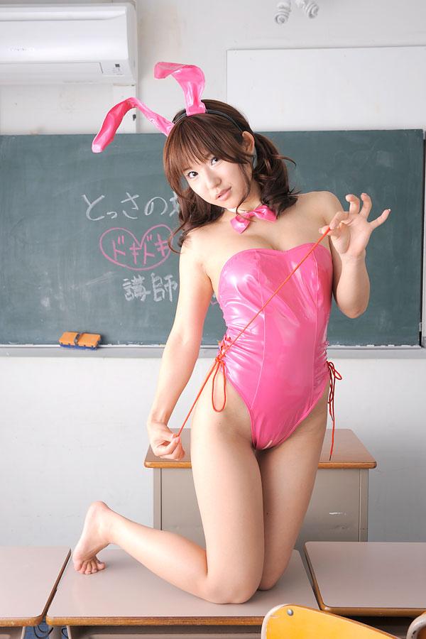 川奈栞さんの水着